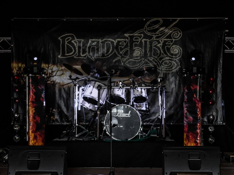 Hardt-under-fire-Bladefire-Melodic-Death-Metal-live